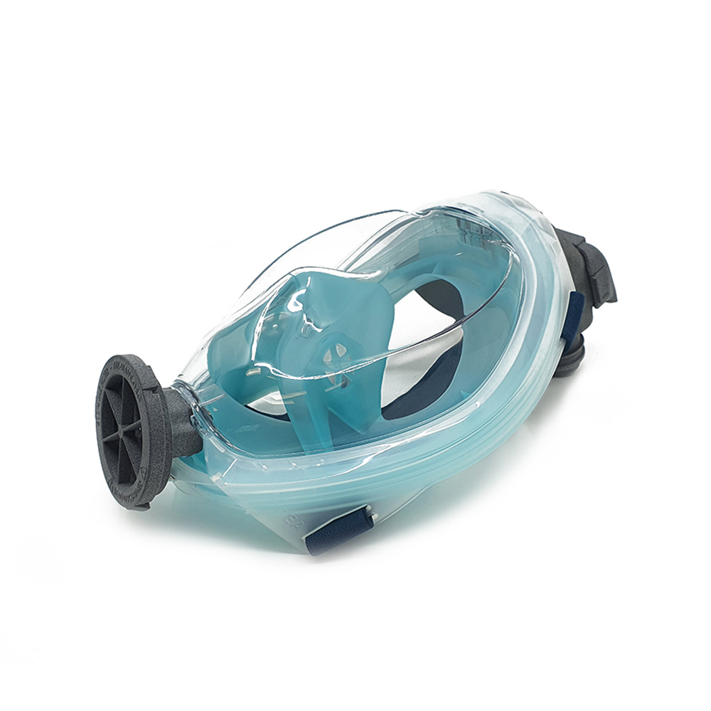 The Easybreath 500 is the latest version of the Decathlon snorkel mask. This version is characterized by the round recess at the front, where the snorkel can be mounted with a click connection. It is important to determine which snorkel mask will be used as Air-Wave.org Protector.